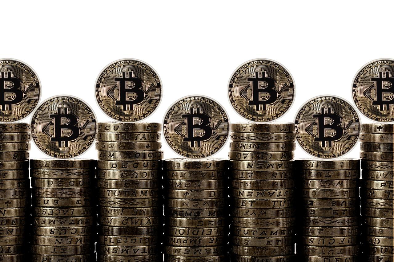מטבעות מבוזרים – מי אתם ומה היתרונות שלכם?